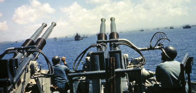 Rare WW2 Pacific Battle Footage Surfaces (VIDEO)