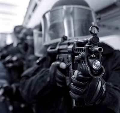 Swat Team Shields Swat Team Storms Soldier's