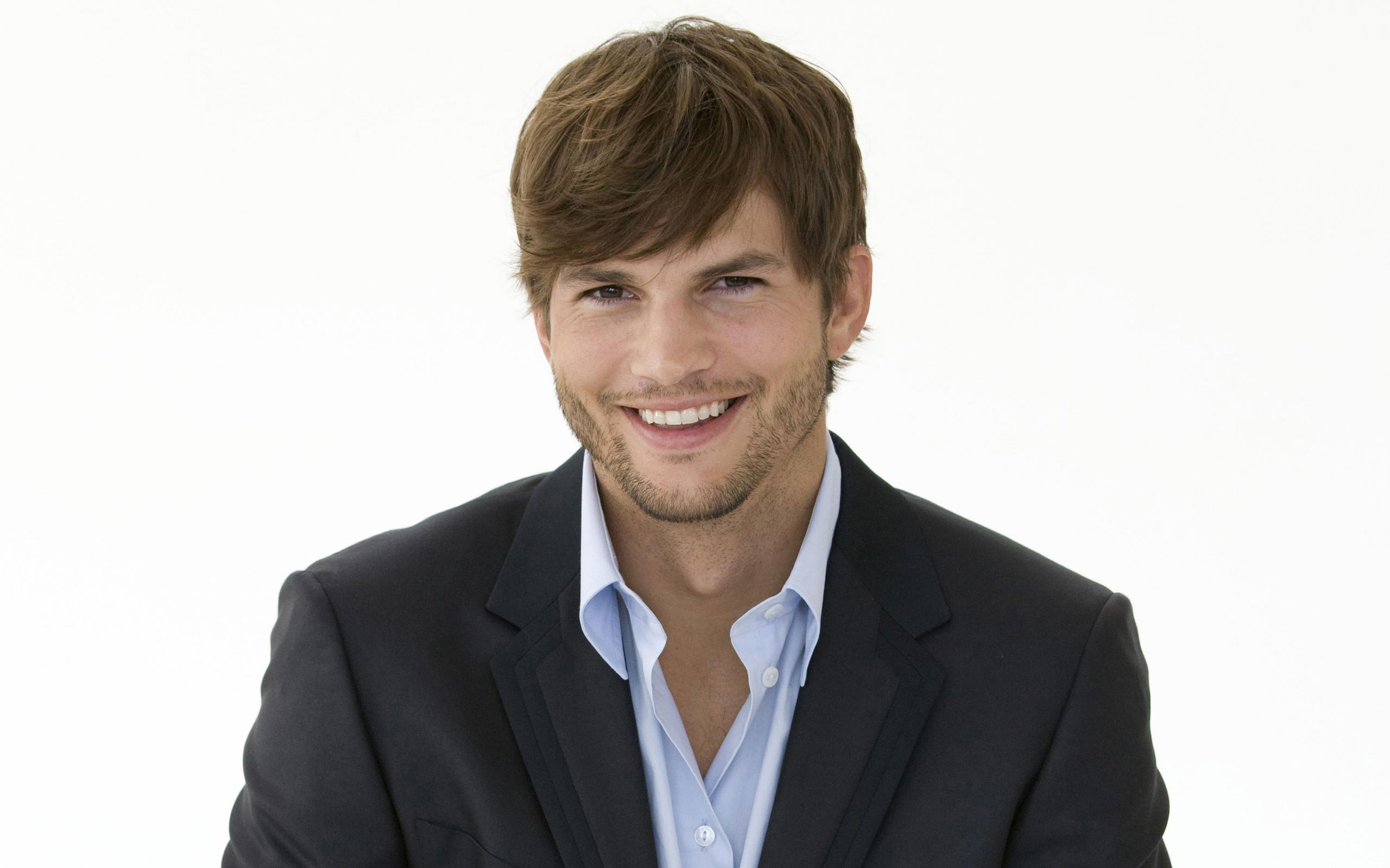 Ashton Kutcher Backs Free Market In Uber Vs. NYC's DeBlasio Ashton Kutcher