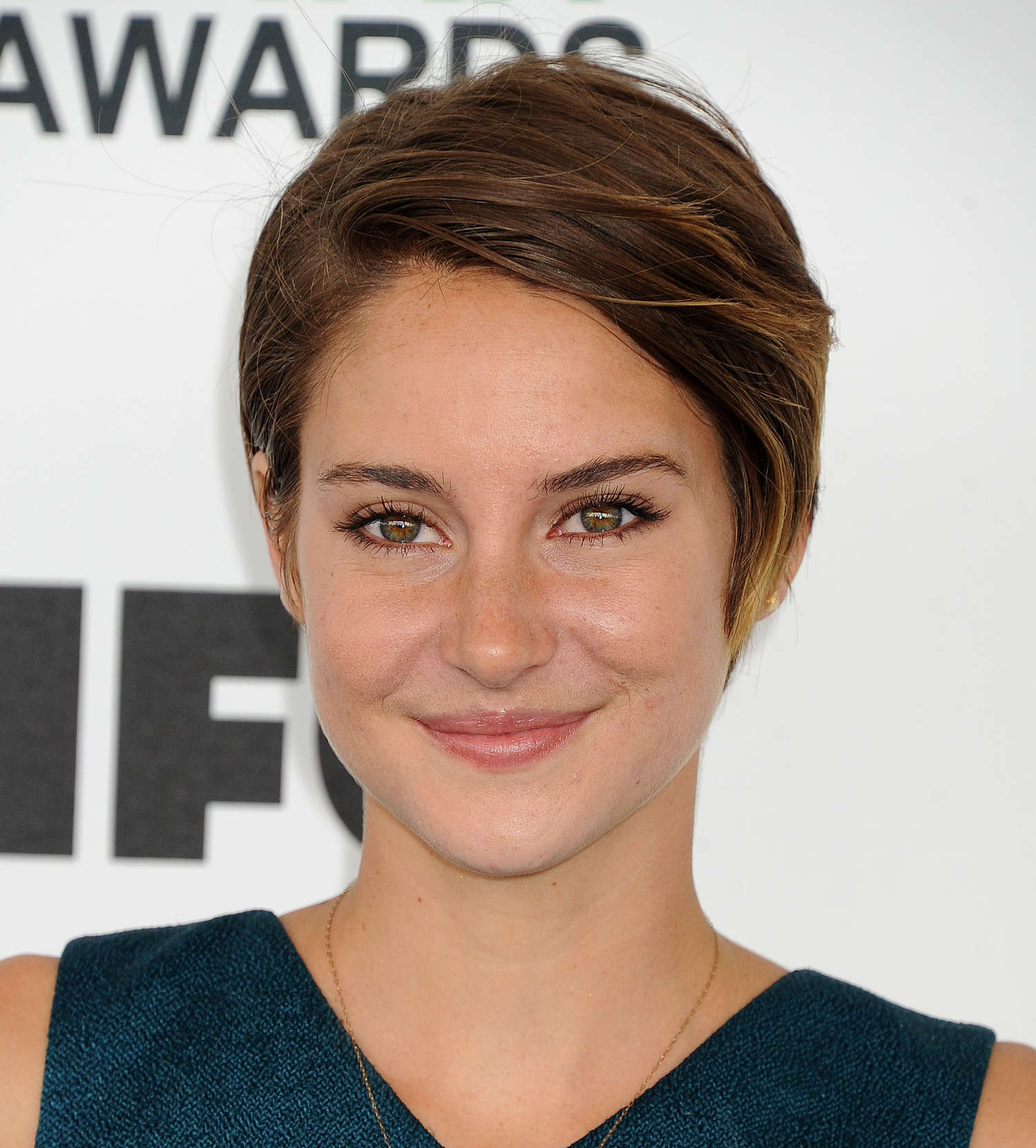 who is shailene woodley dating 2014