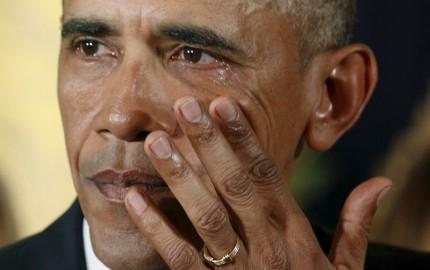 Obama-tears-up-during-emotiona