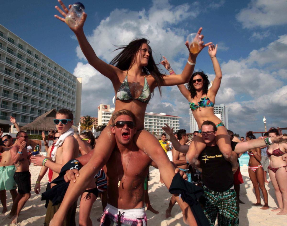 College Students Will Be Drunk On Spring Break When Bernie