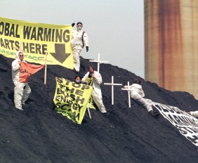 Greenpeace protests Bush Energy Policy
