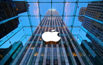 new-york-apple-store-5th-L4