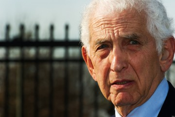 Dr. Daniel Ellsberg, the US military analyst who, while employed by the RAND Corporation in 1971, released the Pentagon Papers, a top-secret Pentagon study of us government decision-making in relation to the Vietnam War, to The New York Times, speaks to reporters December 22, 2011, at Fort Meade, Maryland. Elsberg spoke on the similarity of his case to that of US Army PFC Bradley Manning who leaked restricted information to Wiki-Leaks and is having his preliminary hearing in a military court inside the base.        AFP PHOTO/Paul J. Richards (Photo credit should read PAUL J. RICHARDS/AFP/Getty Images)