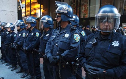sf.Occupy-Bank Protesters take over Bank of America branch on California street in the heart of San Francisco's financial district