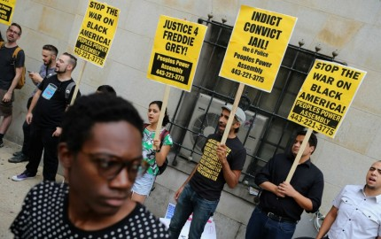 headlineImage.adapt.1460.high.FreddieGray_Headline_20150902.1441242974327