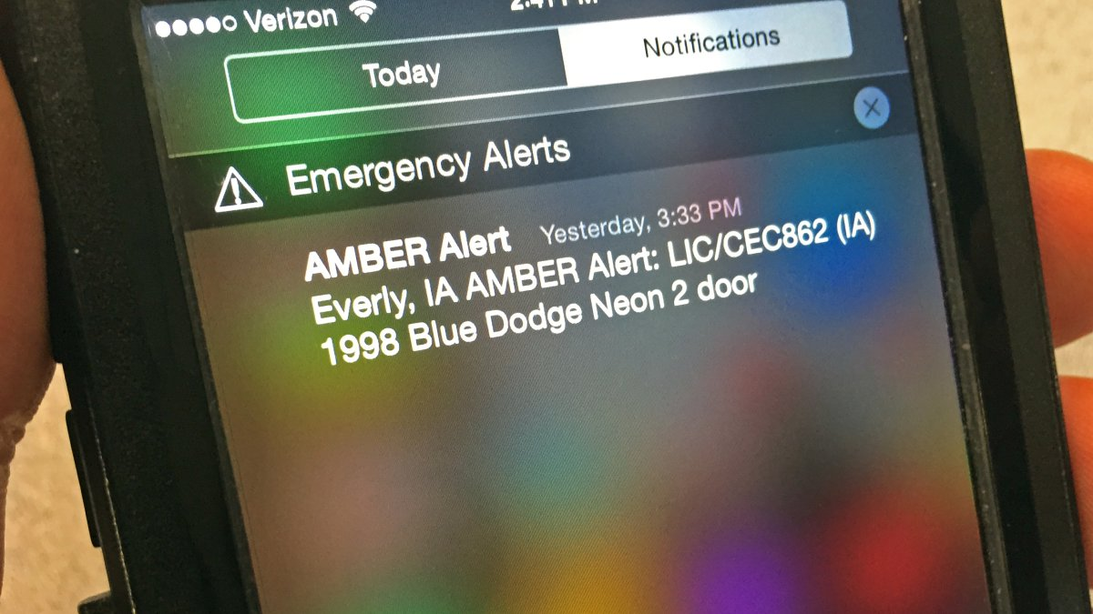 how to turn off amber alerts on iphone