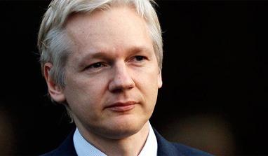 RED HOT! Julian Assange Pens Dramatic Letter to Actor Who Plays Him in Movie (VIDEO)