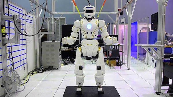 NASA Unveils Superhero Robot That Looks Like Iron Man (VIDEO)