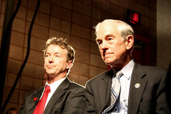 Rand Paul Vs. Ron Paul On Ukraine – How Should Libertarians Respond To Russia?