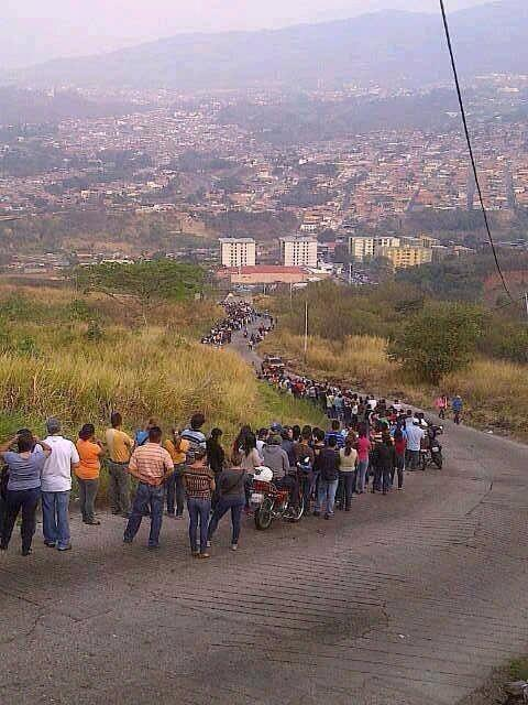 LOOK: The Fruits of Socialism - Venezuelan Food Lines