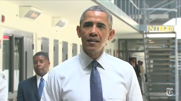 First Sitting President To Visit >> Obama Becomes First Sitting President To Visit Federal Prison