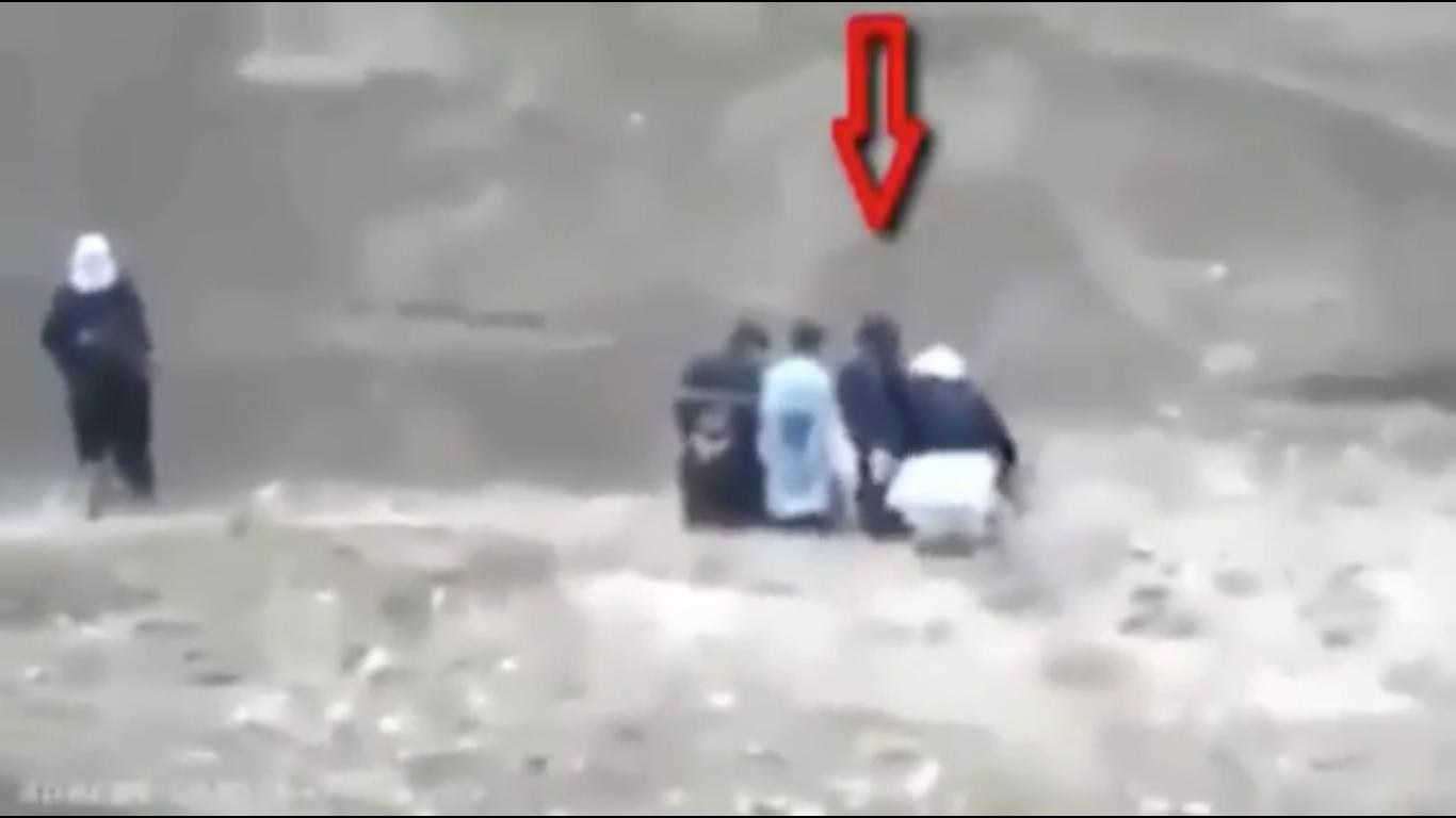 WATCH: Man Escapes ISIS Captors, Grabs Gun, Blows Them Away