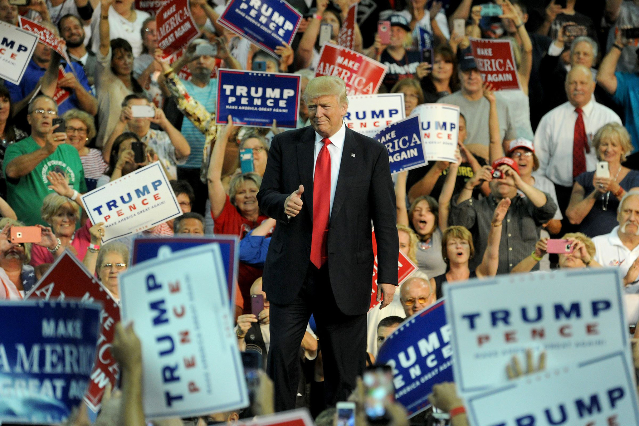 How the Internet Emboldened Low-Info Voters and Gave Us Trump