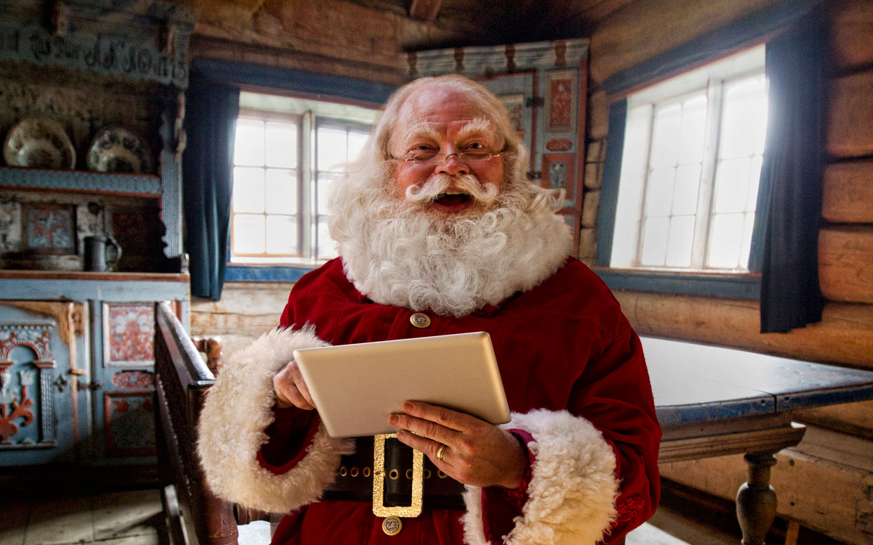 Santa Claus Kicked Out Of School For Failing To Follow Labor Union Regulations