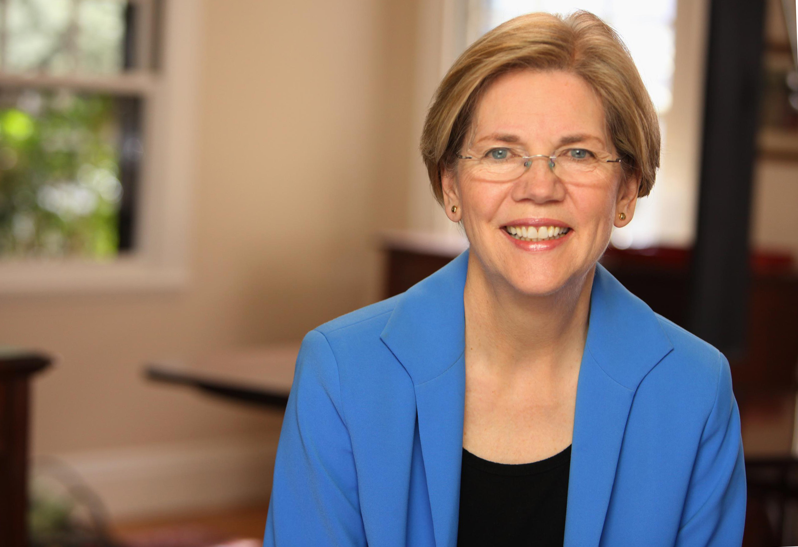 Warren Decided Against 2016 Presidential Bid After Her Husband Advised Against It
