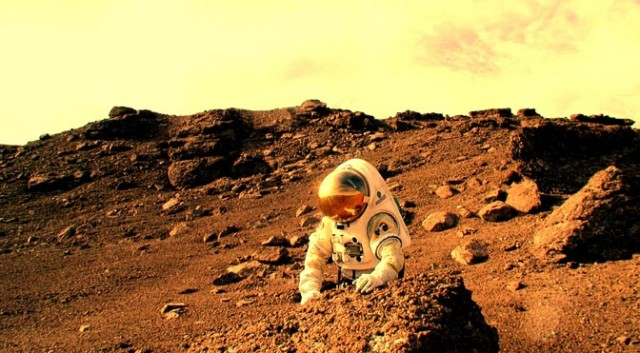 NASA Wants A Space Station Around Mars By 2028, But Major Scientists Aren't So Sure