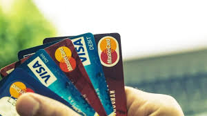 What Types of Rewards are Available on American Credit Cards?