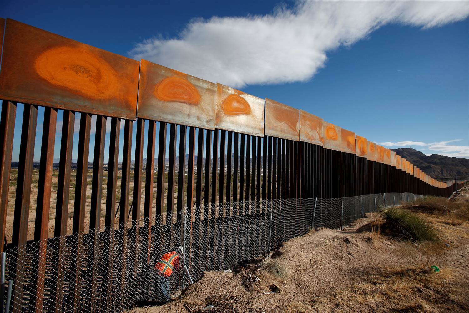 Mexico Adamant: Will Not Pay For Border Wall 'Under Any Circumstances'