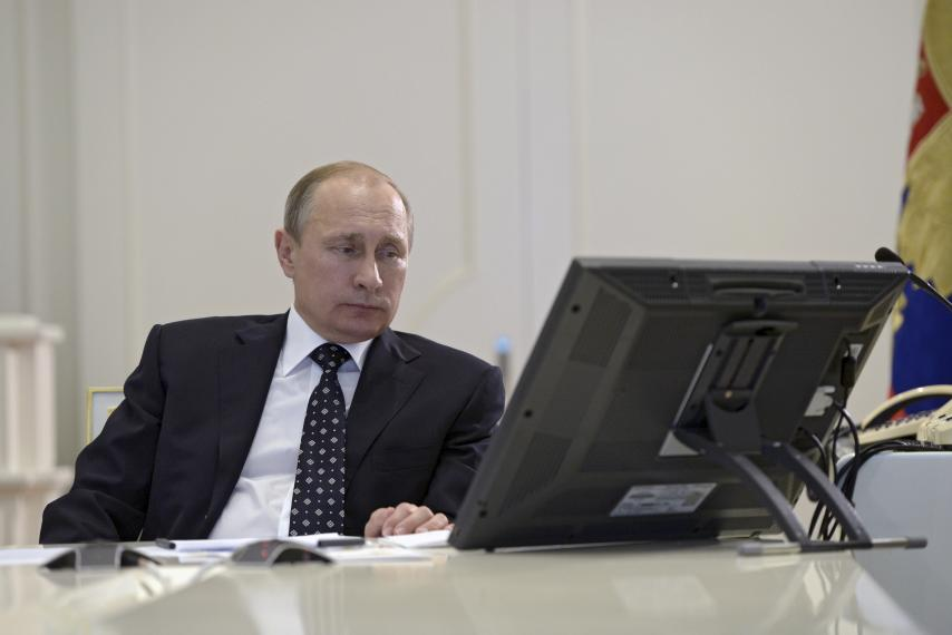 Dems Worry Russia Is STILL Meddling In Our Democracy Through Facebook