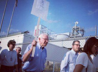 Sanders, Warren Are Going After Amazon Over 'Anti-Union Behavior'