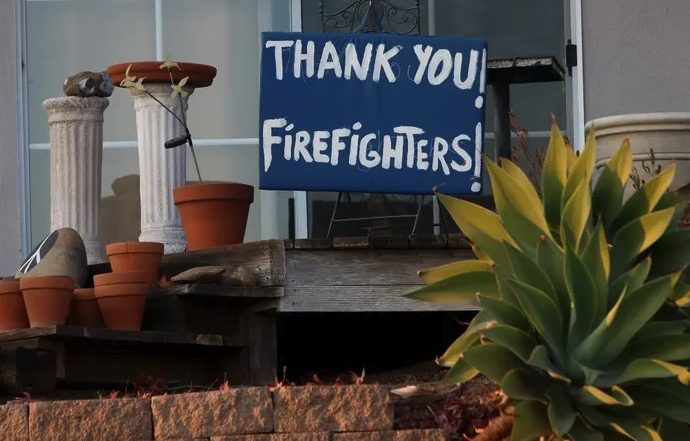 Rich California Residents Turn To Private Firefighters To Protect Their Homes