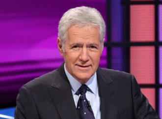 """""""Jeopardy!"""" Host Alex Trebek Reveals He is Fighting Stage 4 Pancreatic Cancer"""