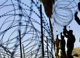 Mexico Pays For The Wall: Tijuana  Locals Buy Stolen Barbed Wire