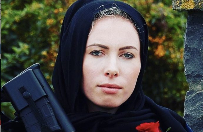 Female News Anchors In New Zealand Are Wearing Hijabs After Attack