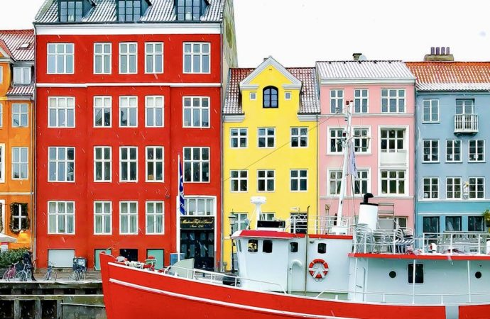 'Socialist' Nordic Countries Are Actually Moving Toward Private Health Care