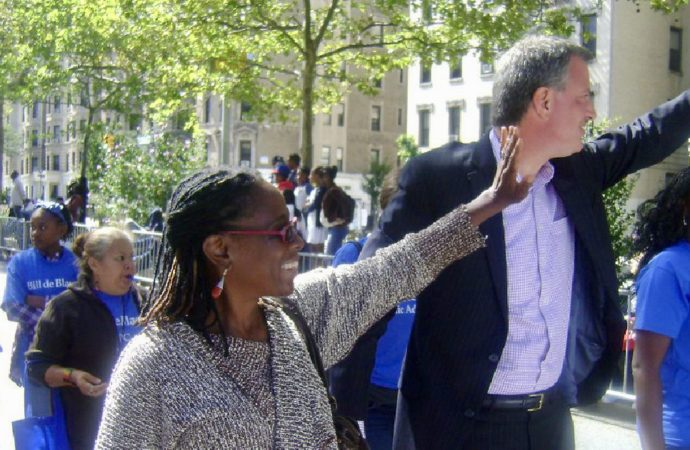 De Blasio's Wife Reminds LGBT Youth That She Used To Be A Lesbian
