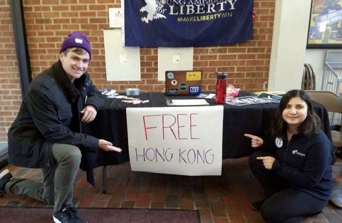 Pro Hong Kong Student Activists Confronted by Chinese Students at Truman State University